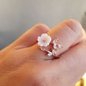🔥JUST IN🔥 GOLD PLATED CHERRY BLOSSOM  RING